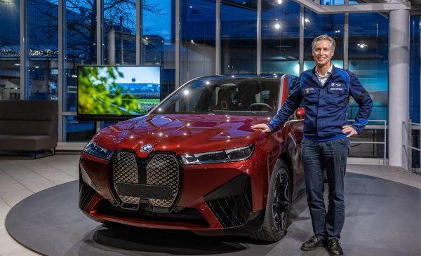 Extindere importantă şi durabilă pentru BMW Group Dingolfing, cea mai mare BMW din Europa: dublarea producţiei de automobile electrificate în 2021, procese sustenabile de producţie
