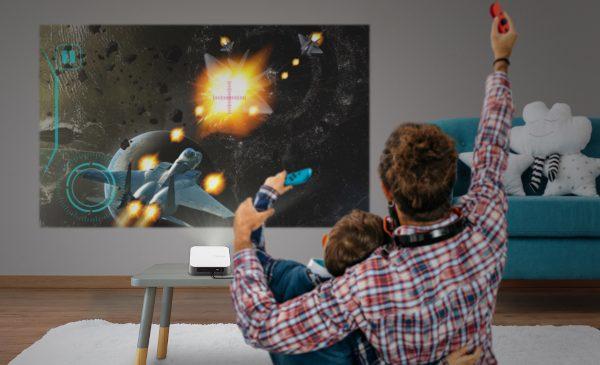 ViewSonic a echipat cel mai nou video-proiector portabil cu LED al său – M2e – cu tehnologie ToF, pentru a oferi focalizare automată ultra-rapidă