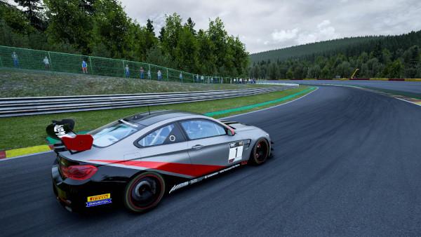 Prima confruntare de sim racing regională – Racing League Romania înfruntă selecționata Greciei la Spa-Francorchamps