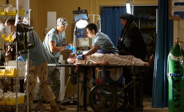 """Drama medicală """"Spitalul de campanie"""", din 4 martie, la AXN"""