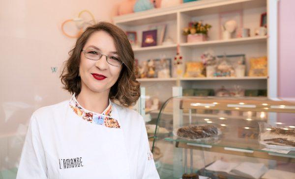 L'Amande – Desserts sans gluten pornește extinderea în România prin debutul în Bacău