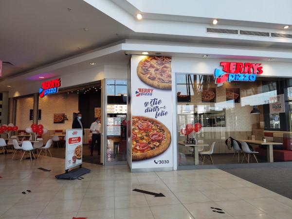 Jerrys Pizza Liberty Mall