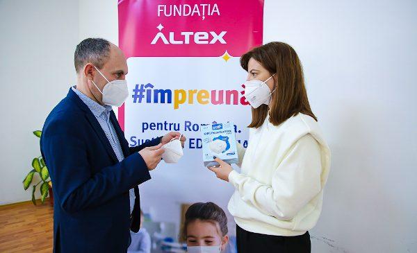 Fundația Altex a livrat către Inspectoratele Școlare Județene toate cele peste 540.000 de echipamente de protecție ridicată în valoare de peste 1 milion de euro