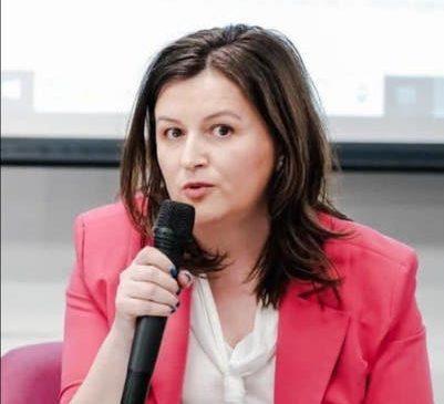 CP – Ioana Arsenie, Strateg Financiar lansează primul program de management financiar pro bono #trustHoReCa dedicat resturantelor afectate de pandemie
