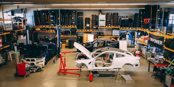 BMW M4 şi Red Bull Driftbrothers