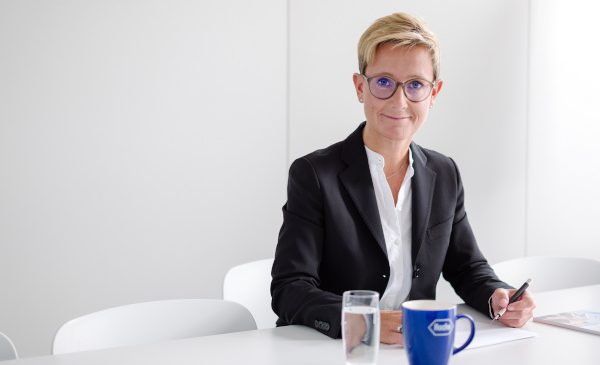 Claudia Fleischer este noul Director General al Roche România