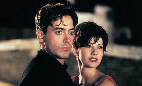 Duminici cu filme romantice, la Filmcafe