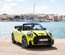 Personalitate şi performanţă: MINI John Cooper Works şi MINI John Cooper Works Cabriolet