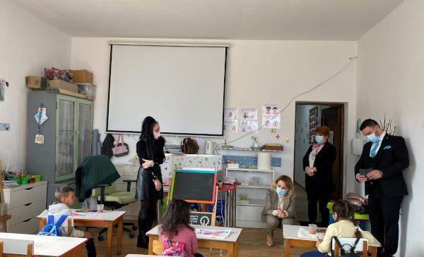 Eforturi comune ale Ministerului Educației și Cercetării și Teach for Romania în direcția accesului la educație de calitate pentru copiii din mediile vulnerabile