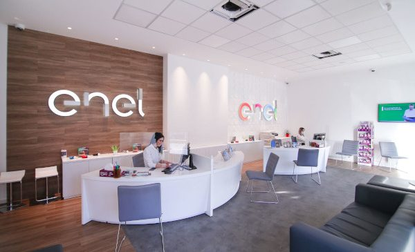 Enel redeschide magazinul din Craiova într-un spațiu nou, pentru a fi aproape de clienți