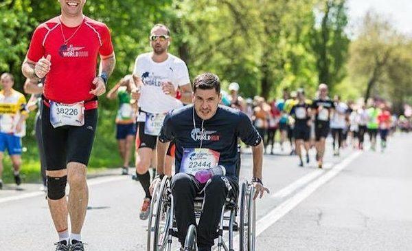 Daniel Osmanovici aleargă duminică pentru cei care nu mai pot face asta