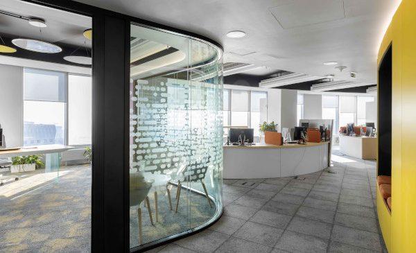 Spațiul de birouri RPHI din SkyTower câștigă premiul BigSee Interior Design Award – 2021