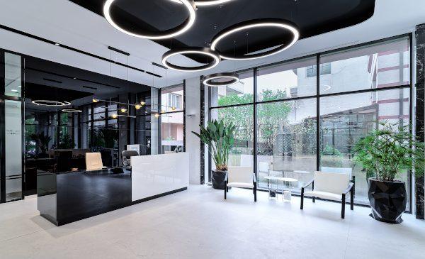 Lemon Office Design semnează design-ul lobby-ului de la Centrul Țiriac
