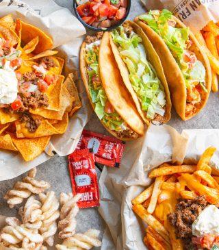 Taco Bell reinventează modul de servire a produselor, oferindu-le fanilor o experiență inedită, în stilul #livemas