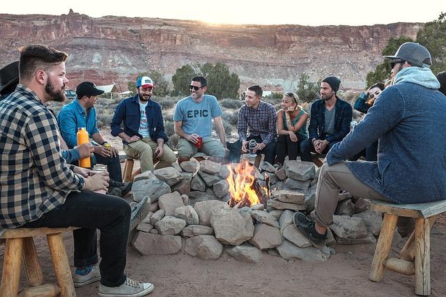 Team building in aer liber: 4 activități fun
