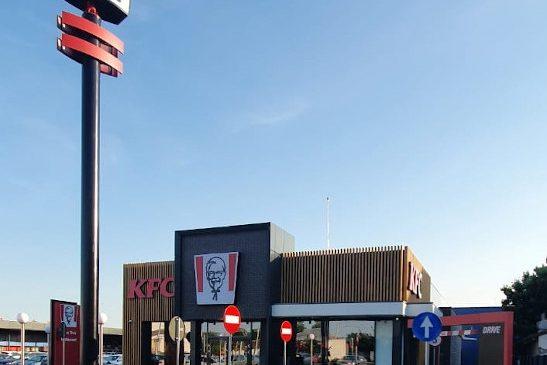 Sphera Franchise Group inaugurează primul restaurant KFC Drive Thru din județul Brăila