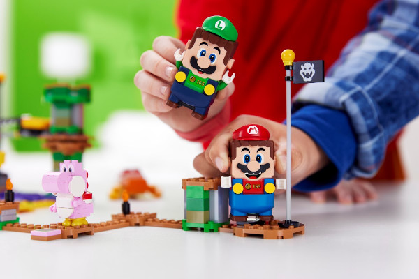 LEGO Super Mario & LEGO Luigi