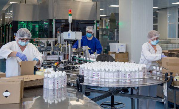 Farmec va continua producția de dezinfectanți și după pandemie