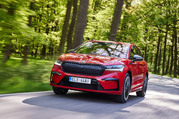 Powering up. Electric vehicles deliver maximum safety 1