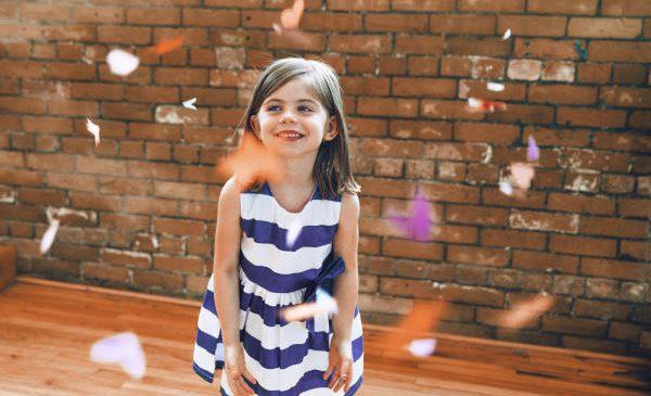 Ținute chic pentru fetițe: combinații potrivite pentru orice ocazie