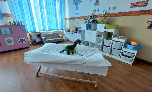 ADIENT TRIM Ploiești donează lenjerii de pat complete către cinci instituții de învățământ din județul Prahova