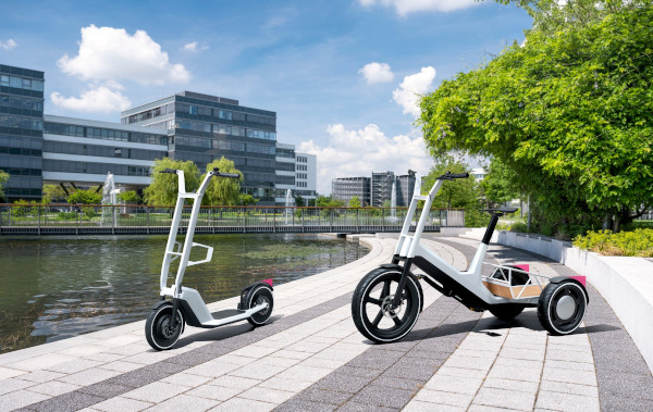 Impulses for urban mobility. Concept Clever Commute (left), Concept Dynamic Cargo (right)