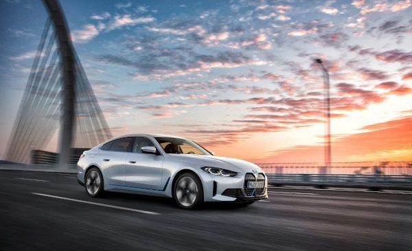 Primul BMW i4 – Preţuri şi disponibil pentru comenzi