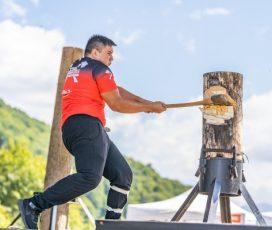 Se reia campionatul național al tăietorilor de lemne STIHL TIMBERSPORTS. Competiția se transmite duminică pe Facebook