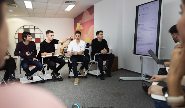 Burse de 500.000 euro la EA – The Entrepreneurship Academy