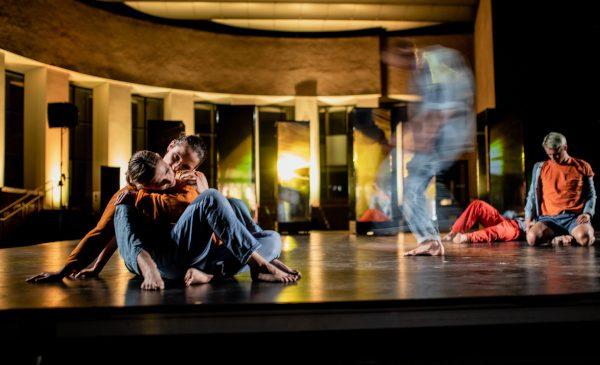 """""""People Power Partnership"""". Dansatori și coregrafi din Lituania, România și Germania încep pregătirile pentru spectacolul în premieră din cadrul Festivalului Internațional de Teatru de la Sibiu"""