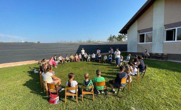 Școala de Vară Paulina în memoria Raluca Ana Medeșan a adunat peste 100 de copii din județul Alba și 30 de profesori din întreaga țară la Sâncel