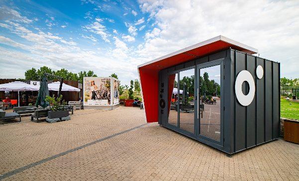 ParkLake alege soluția de birouri smart Nooka Space și oferă clienților opțiunea de a lucra remote din grădina centrului comercial