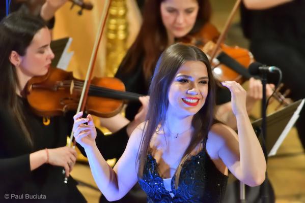 Soprana Paula Iancic pe scena Festivalului Regal de Opera Virginia Zeani Foto Paul Buciuta