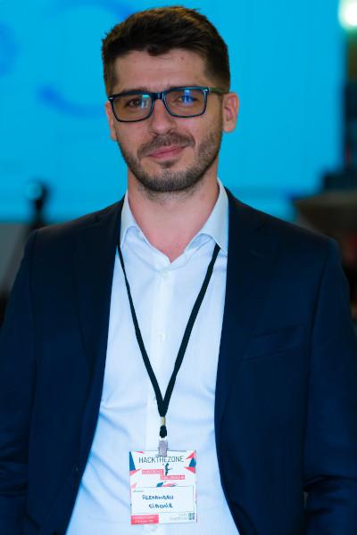 Alexandru Ciachir, fondator HackTheZone