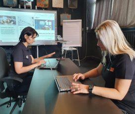Fundaţia Orange susţine dezvoltarea abilităţilor digitale şi antreprenoriale pentru 90 de femei vulnerabile din Iaşi