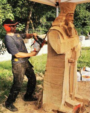 Festivalul Sculptorilor cu Drujba de la Cerna