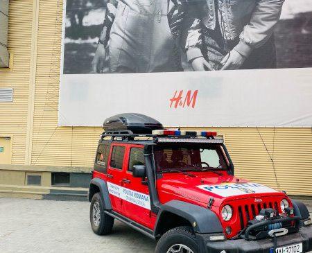 Centrul Comercial Auchan Titan prezintă cele mai noi autospeciale și echipamente din dotarea Inspectoratului General de Poliție al Capitalei