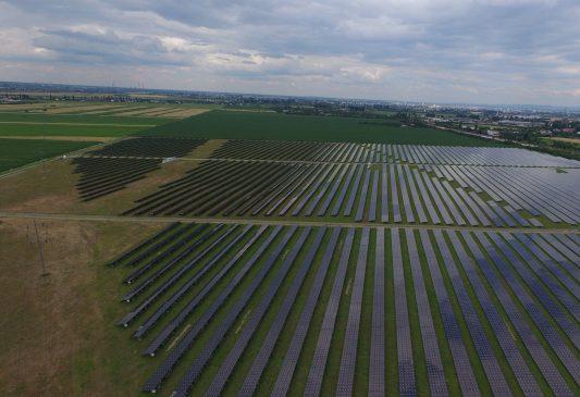 Enel Green Power achizitioneaza de la Mytilineos doua proiecte de centrale fotovoltaice cu o capacitate totala de aproximativ 90 MW