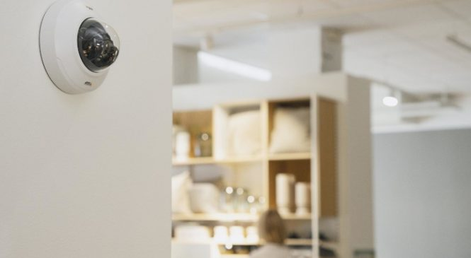 Mini-camere de tip dome cu distanță focală variabilă și deep learning, pentru o supraveghere discretă